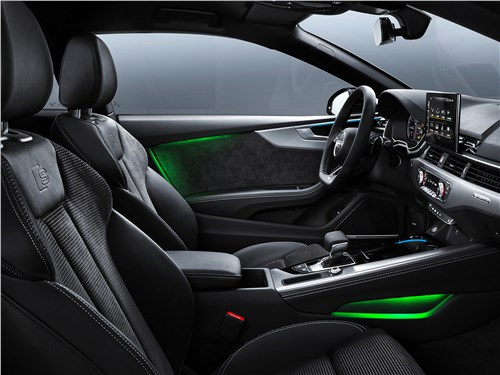 Audi A5 (2020) передние кресла