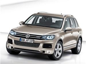 Цена базовой комплектации Volkswagen Touareg в российских салонах снижена