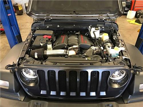 Jeep откажется от моторов V8