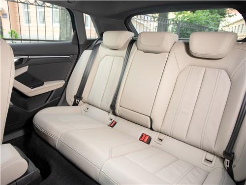 Audi A3 (2021) задний диван