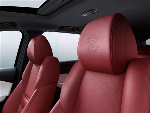 Mazda CX-9 Century Edition (2021) кресла