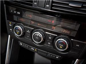Mazda CX-5 2013 управление климатом
