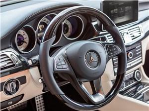 Предпросмотр mercedes-benz cls-klasse 2015 место водителя