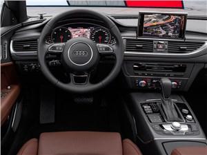 Audi A7 - Audi A7 Sportback 2014 водительское место