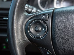 Предпросмотр honda accord 2013 кнопки управления на руле
