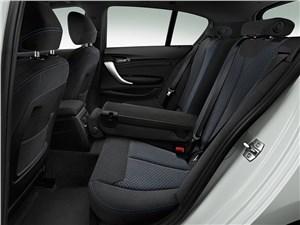 Предпросмотр bmw 1-series 5-doors 2016 задний диван