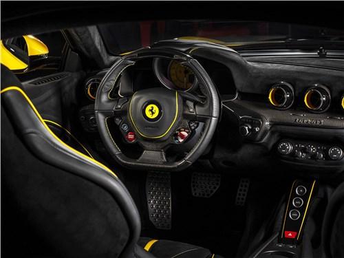 Carlex Design | Ferrari F12berlinetta салон