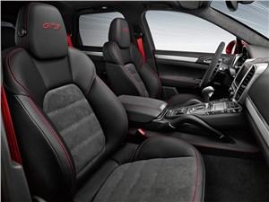 Porsche Cayenne GTS 2015 передние кресла