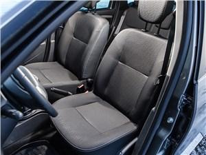 Nissan Terrano 2014 передние кресла