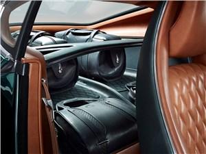 Предпросмотр bentley exp 10 speed 6 concept 2015 багажное отделение