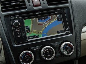 Subaru XV 2012 центральная консоль