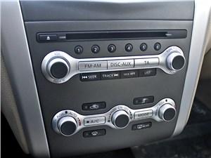 Nissan Murano 2011 управление музыкой и климатом