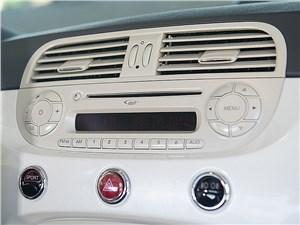 Fiat 500 2011 магнитола