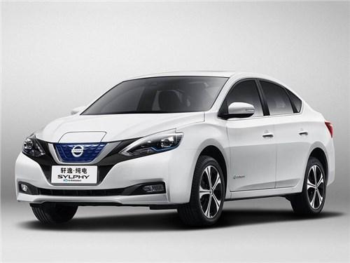 Nissan Leaf превратился в седан