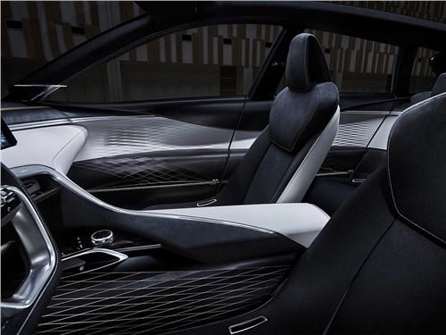 Предпросмотр infiniti qx sport inspiration concept 2016 передние кресла