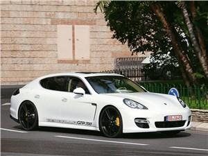 Gemballa / Porsche Panamera вид спереди