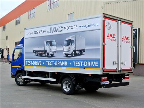 JAC N-75 2016 вид сзади сбоку