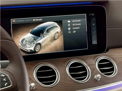 Mercedes-Benz E-Klasse All-Terrain 2017 монитор