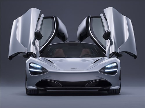McLaren 720S в деталях
