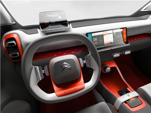 Предпросмотр citroen c-aircross concept 2017 водительское место