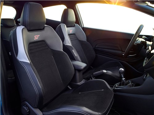 Предпросмотр ford fiesta st 2018 передние кресла