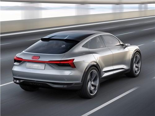 Предпросмотр audi e-tron sportback concept 2017 вид сзади