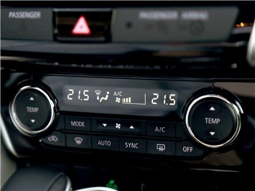 Mitsubishi Eclipse Cross 2018 управление климатом