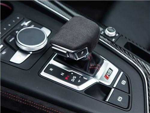 Audi RS4 Avant 2018 АКПП