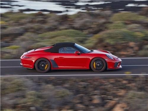 Предпросмотр porsche 911 speedster 2019 вид сбоку