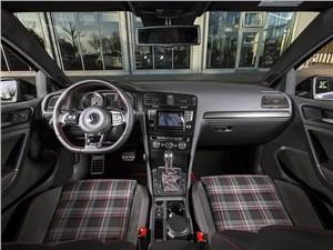 ABT / Volkswagen Golf GTI салон