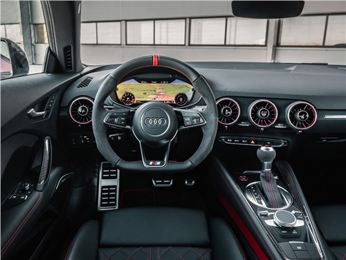 Audi TTS - Audi TTS Coupe 2019 салон