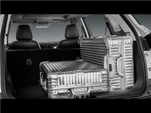 Предпросмотр lifan x70 2017 багажное отделение