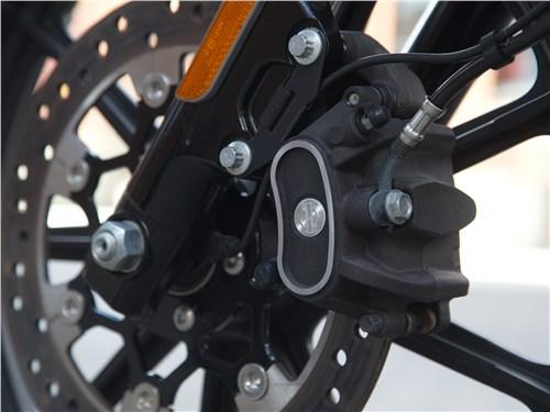 Harley-Davidson Iron 1200 тормоза