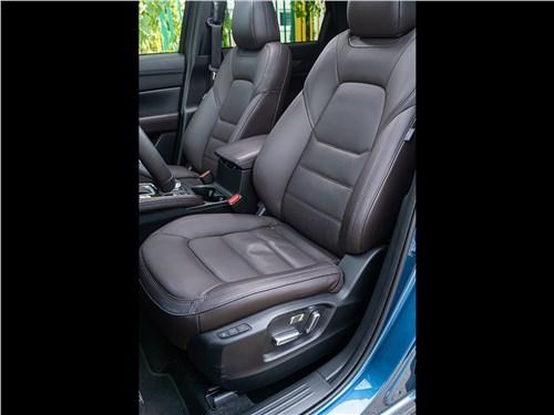 Mazda CX-5 2017 передние кресла