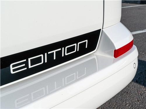 Volkswagen Caravelle 2015 наклейка Edition