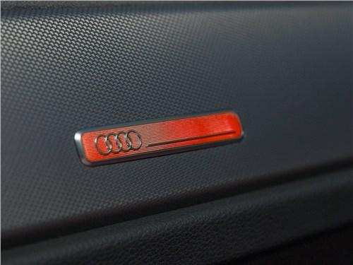 Audi Q3 2019 шильдик