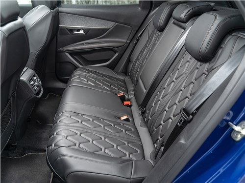 Peugeot 3008 2017 задний диван