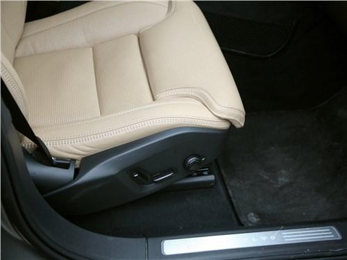 Volvo XC90 2020 кресло