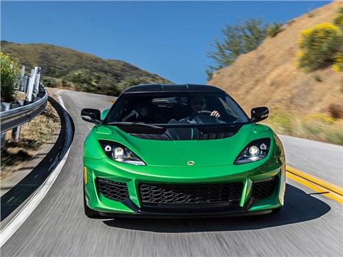 Lotus полностью откажется от бензиновых двигателей