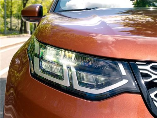 Land Rover Discovery Sport 2020 передняя фара