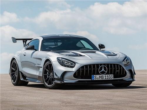 Mercedes анонсировал мощнейший серийный автомобиль в своей истории