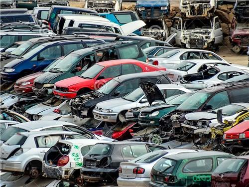 Рынок подержанных автозапчастей собираются легализовать