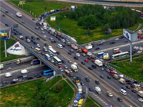 МКАД признан самой опасной дорогой Москвы