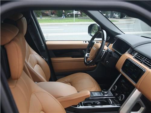 Land Rover Range Rover Autobiography 2018 передние кресла