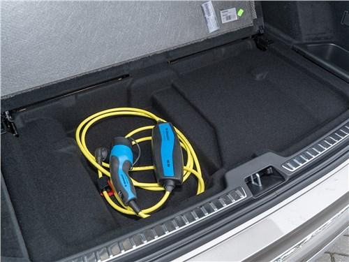 Volvo XC90 2020 багажное отделение
