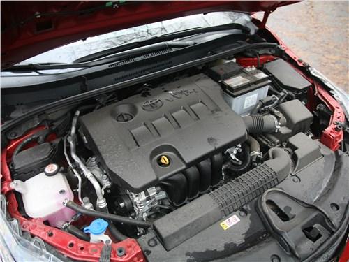 Toyota Corolla 2019 моторный отсек