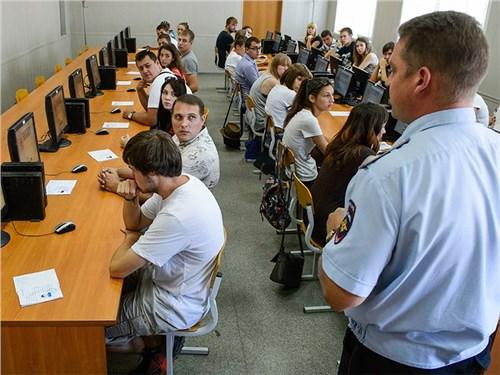 МВД хочет усложнить экзамен на права