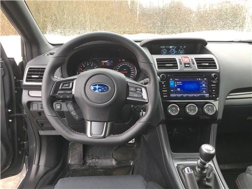 Subaru WRX Sport (2018) салон