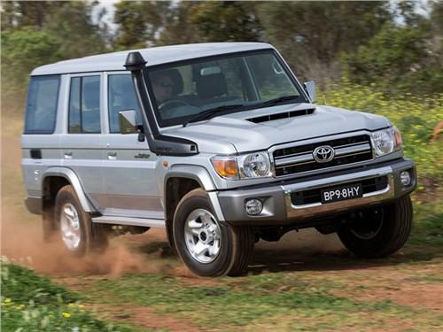 В Toyota обновят Land Cruiser 70