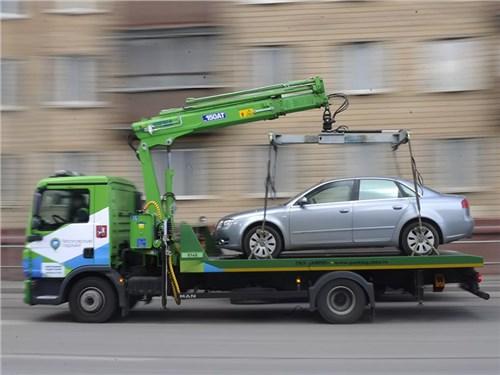 Мэр столицы предложил эвакуировать громкие автомобили